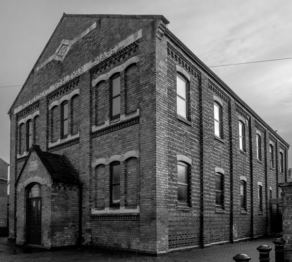 Independent Wesleyan Chapel, Cannon Street, Wellingborough, Northamptonshire Architecture FUJIFILM X-T2 Town Monochrome Photography Black And White Monochrome Urban Northamptonshire Wellingborough Street Architecture Wesleyan Chapel