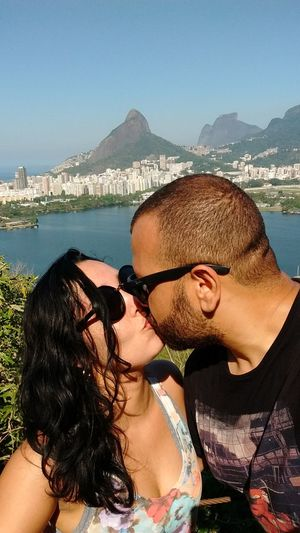 Kisses😘 Portrait Sea Outdoors Nature Water City Sunny Day Inspirations Nature Trilha Track And Field Love Mylove ❤️ Track Life Relaxing Moments Sun Togetherness Happiness Sunglasses Rio De Janeiro