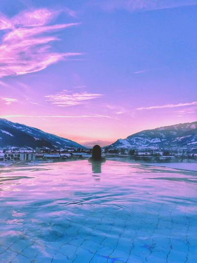 Infinity Pool Kaprun Austria Tauernspa Pinzgau SunsetNature Beauty In Nature Scenics Winter Outdoors Snow Sky Cold Temperature Frozen Water Tranquility Mountain Lake No People Day Salt - Mineral