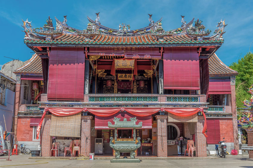 Heritage temple in Penang, Malaysia. Antique Architecture ASIA Asian  Beautiful Chinese City Cityscape Culture Cultures Day Faith Heritage Malaysia No People Outdoors Penang Place Of Worship Prayer Red Religion Sky Temple - Building Tradition UNESCO World Heritage Site