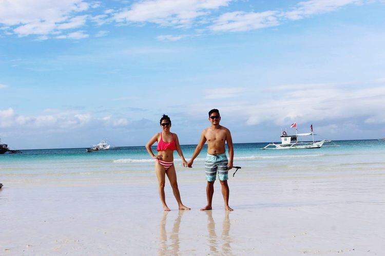Two People Beach Togetherness Sea Mid Adult Vacations Adult Fun Walking Adults Only Three Quarter Length Rear View Standing Full Length People Shirtless Boracay Philippines