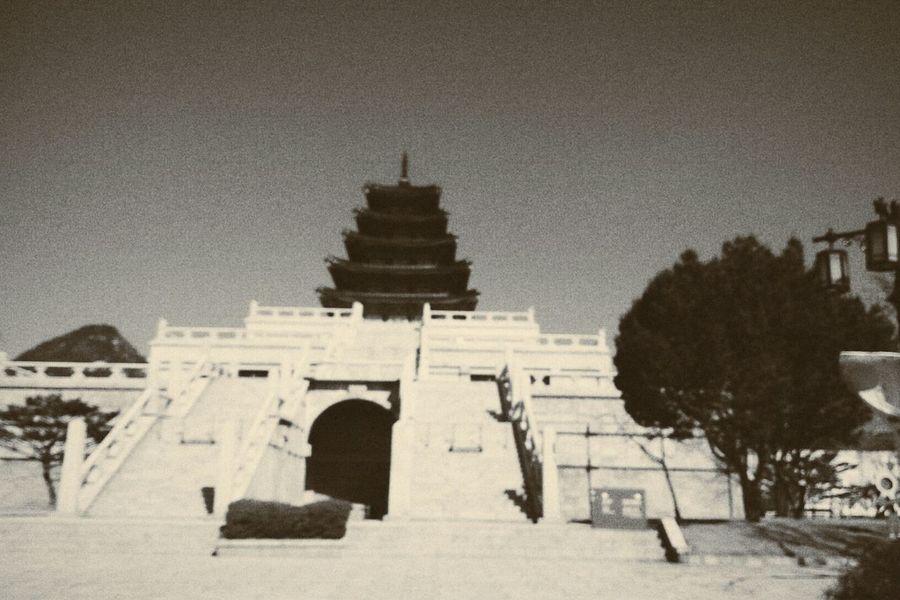 On The Road Traveling Mobilephotography Korea VSCO Memery Historical Building Sky