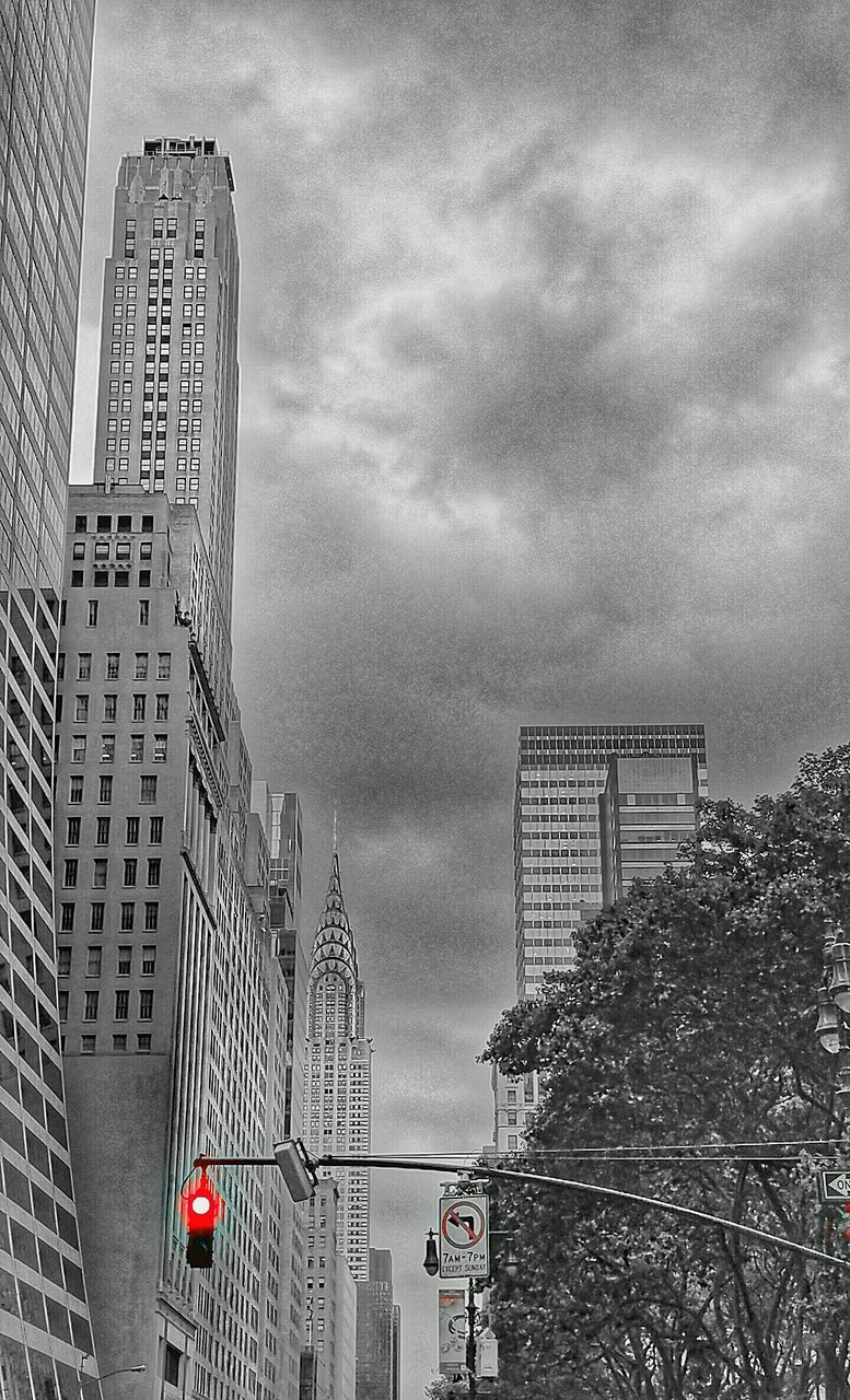 building exterior, architecture, built structure, city, skyscraper, sky, low angle view, cloud - sky, no people, outdoors, modern, day, travel destinations, tall