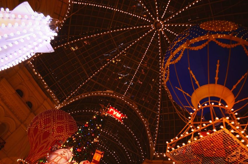 Night Illuminated Christmas Christmas Decoration No People Christmas Lights Christmas Market Moscow City Dreaming Dream ГУМ Ballon Luxury Dream Life мечты Russia Today Gum Dreamlike Soft Light Moscow Air-balloon Indoors  Dreamland Lamplight Dreams Come True