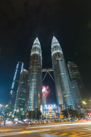 Kuala Lumpur, MALAYSIA - August 31, 2018: Colorful Fireworks spark during independence day at the Petronas Twin Tower (KLCC) ASIA Architecture Beautiful Malaysia Business City Cityscape Event KLCC Twin Towers Kuala Lumpur Kuala Lumpur City Centre Kuala Lumpur Malaysia  Malaysia Independence Day Building Festival Firework Kl Klcc Landmark Landscape Malaysia Petronas Petronas Twin Towers Tourism Tower Twin Tower