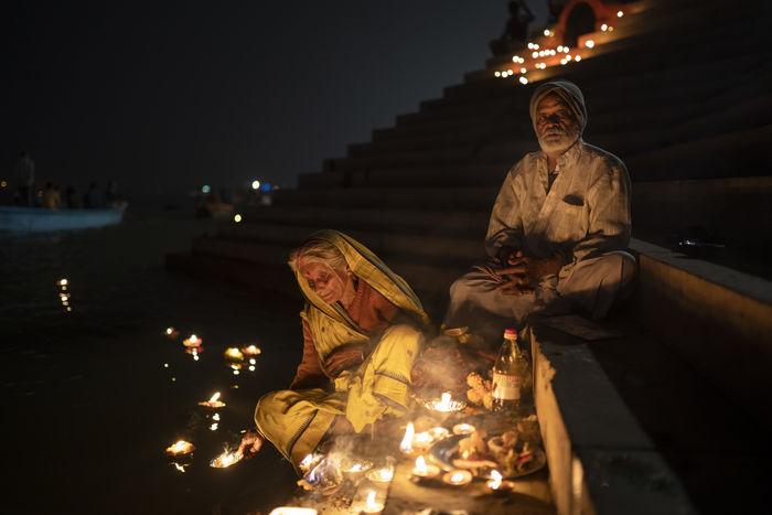 ILLUMINATED STATUE AT NIGHT DURING FESTIVAL