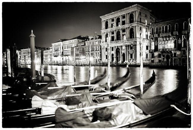 Gondeln Venedig Venezia Venice, Italy Architecture Built Structure City Gondola - Traditional Boat Illuminated Night Outdoors Sky