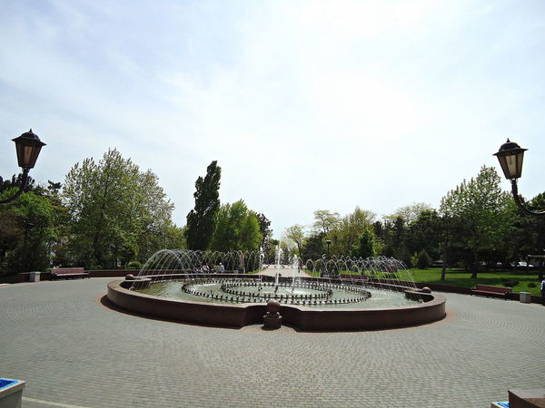 City Day Fountain Idyllic Novorossiysk Outdoors Spacious Spring Street Lamps Tranquil Days Tranquil Live Trees