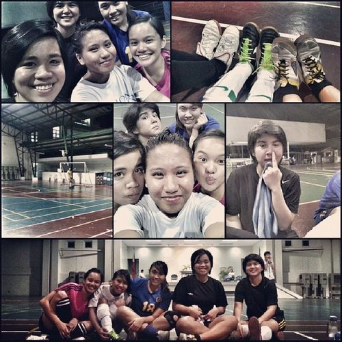 Oldies but goodies. Nice to see you guys!! @paulaplantilla @tinisyay @icarys @jonemarie Freshlegs Mcalumni Futsal MiriamCollege