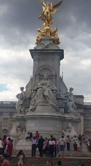 Statue Sculpture Travel Destinations Architecture Tourism Monument Cloud - Sky History Built Structure Travel People Royalty Full Length Sky Outdoors Adult Day City London Queen Queenvictoria Postcode Postcards Adventures In The City