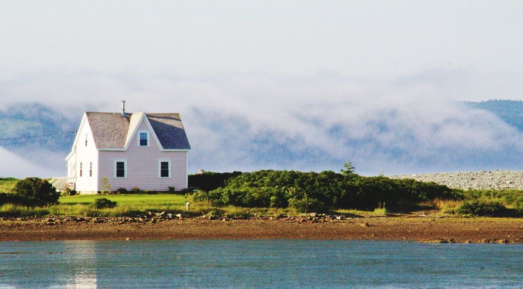 The Pink House on the isthmus.
