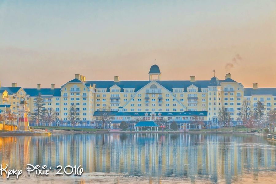 Disneylandparis Disneyland Paris Disneyland Resort Paris Hotel Disneylandresort Photography HDR Parcdisneylandparis Magic Magic Moments Paris Disneydreams