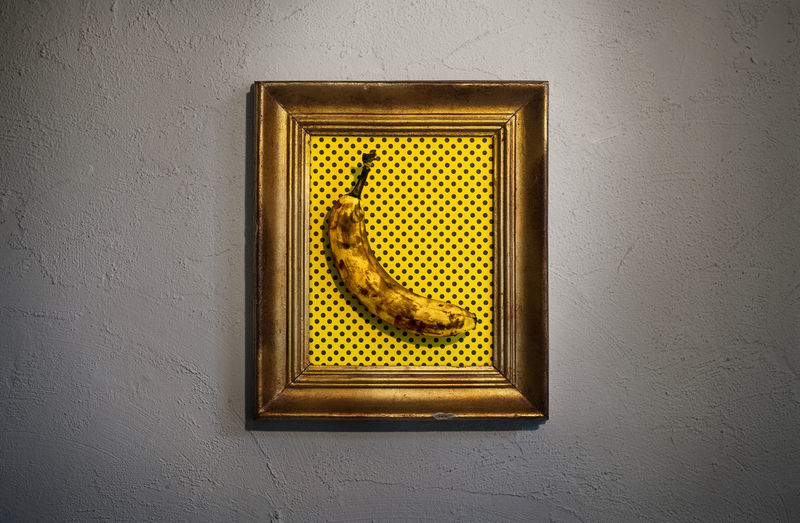 C'est une Banane! A little thing I did for our monthly assignment of our FB Eyeem Group: be creative with bananas! Art Banana Conceptual Conceptual Photography  Dots Frame Funny Gold Indoors  No People Old Painting Yellow
