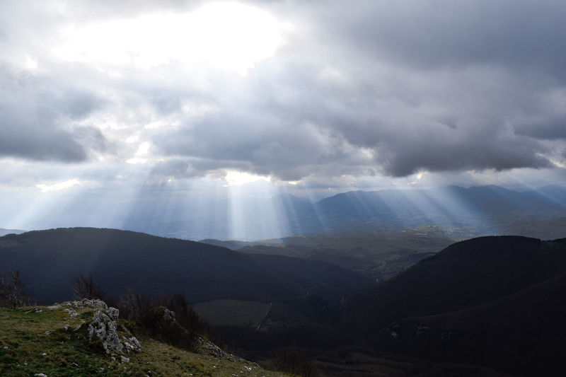 Nature Beauty In Nature Mountain Mountain Range Landscape Travel Scenics Cloud - Sky Idyllic Sunbeam Tourism No People Travel Destinations Outdoors Tranquility Fog Sky Day NikonD3300📷 Rock Formation Sunrays Sunray Sunrays Through The Clouds Panoramic Landscape Photography