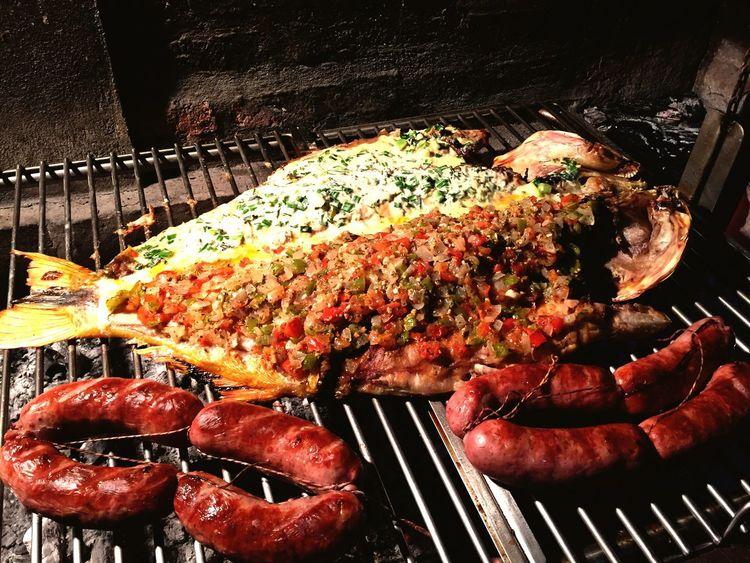Dorado Fish a la Parrilla con Roquefort y Salsa Criolla | Chorizos