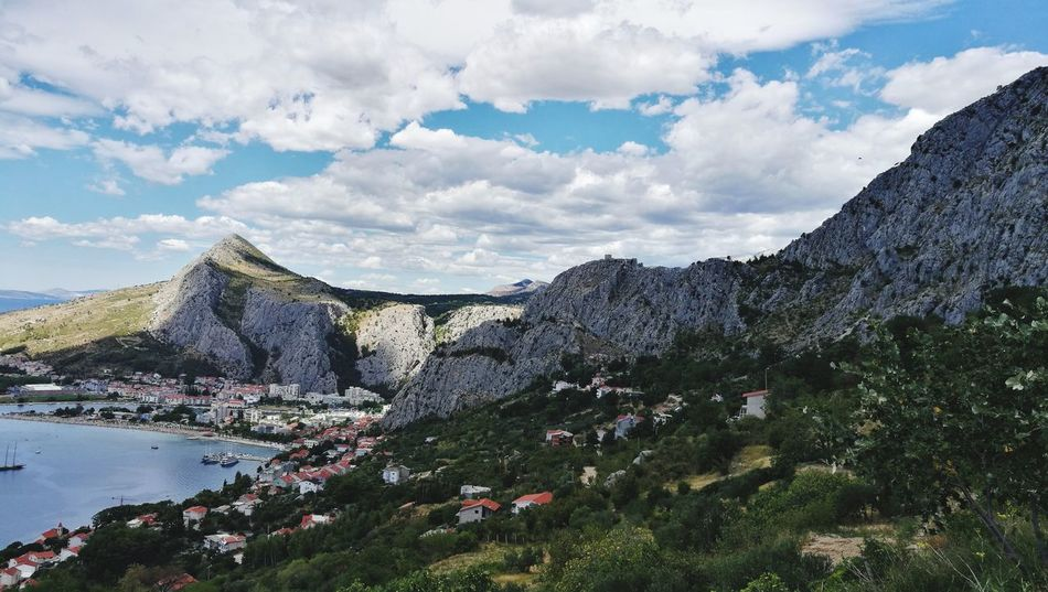 EyeEm Selects Cloud - Sky Mountain Nature Travel Destinations Mountain Range Beauty In Nature Sky Tree Landscape Day Scenics Green Omis Croatia The Week On EyeEm Your Ticket To Europe Omis