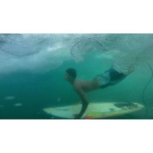 Elevo minha frequência, e levo minha essência adiante, Visito outras dimensões em um sonho constante !🌊🏄👌😋 Allallauu Gopro Goprosurf Goprobrasil Goproselfies Goprophotooftheday Goprobrasil Avidaqueeuqueria Rapaduratimes Surfstorms @lifeapp Session Supertide Surfstorm Surfingiseverything LiveTheSearch LifeInStyle Paraíba Paraíso Reef Reefbreack Bigswell PerfectWaves