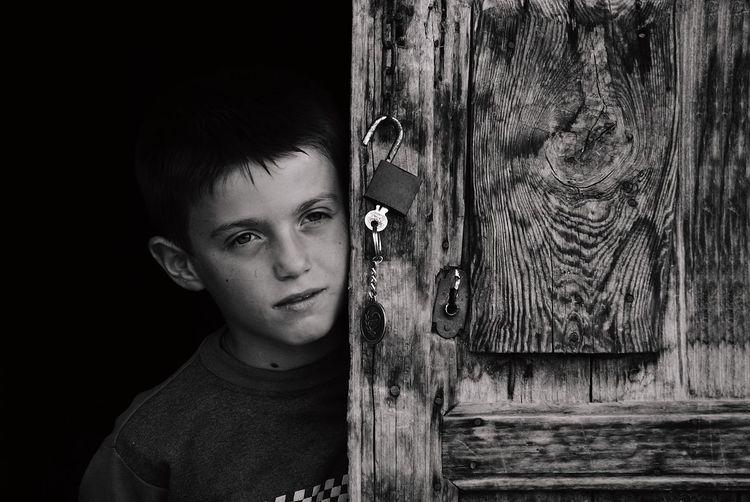 Taking Photos Hello World Portrait Children Monochrome Streetphoto_bw EyeEm Best Shots - Black + White The Human Condition Streetphotography Blackandwhite Black And White Sony A330