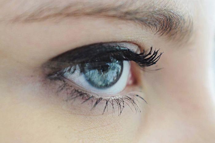 👁 Eye Part Of Eyelash Eyesight Person Macro Eyeball Eyebrow Iris - Eye My Eyes Me Myself Blue Light Blue The Portraitist - 2017 EyeEm Awards
