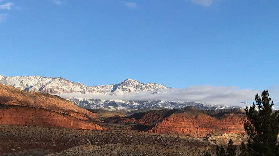 Cool cloud Utah Desert Mountain Range Mountains And Valleys Red Cliffs Snow Mountains And Snow Utah Cool Clouds