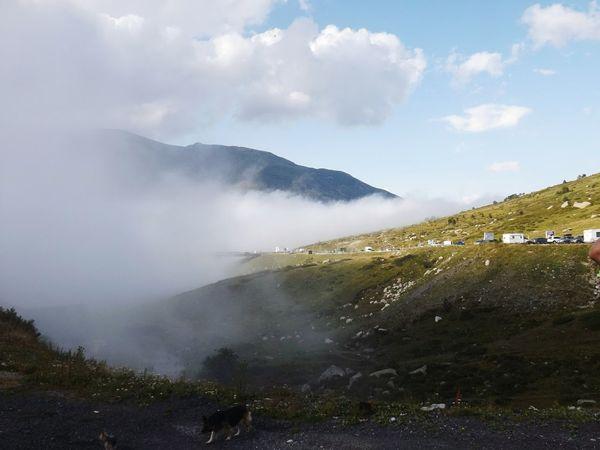 Andorre Andorra Pasdelacase Pyrénéesorientales Montagnes Nature Brouillard