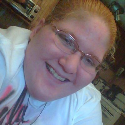 ☺ Blonde_and_red_hair Hazel Eyes  Happy Smile