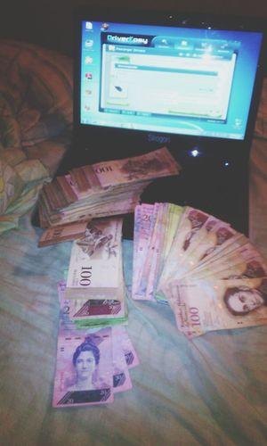 Vanishing Point billete venezolano Money from Venezuela