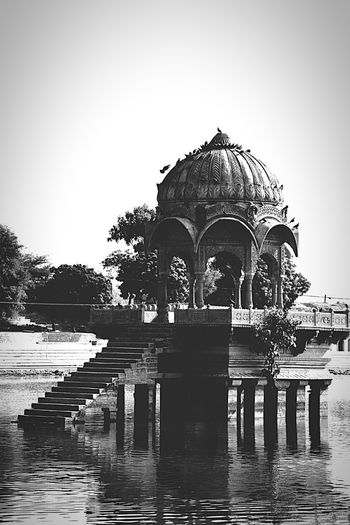 just felt in love with the architecture Photography Dslrphotography Iamhere ILoveIndia Blackandwhite EyeEmNewHere Travel India Religion Water Day Sculpture Outdoors Spirituality Built Structure Architecture Travel Destinations Statue Place Of Worship Clear Sky No People Sky AI Now EyeEm Ready   EyeEmNewHere AI Now EyeEmNewHere