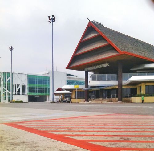 Sepinggan International Airport Balikpapan Outdoors Architecture Indonesian Street (Mobile) Photographie Indonesia_allshots INDONESIA Cropped Day