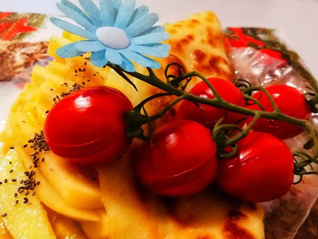 Tomato Healthy Lifestyle Creative Light and Shadow #creative Design Foodphotography Flower Multi Colored Flower Head Red Close-up