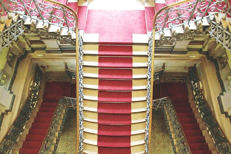 Steps Steps And Staircases Staircase Architecture Low Angle View Indoors  Built Structure High Angle View Stairs Railing Entrance The Way Forward Red Narrow Building Story Day Architectural Feature Multi Colored No People City Life