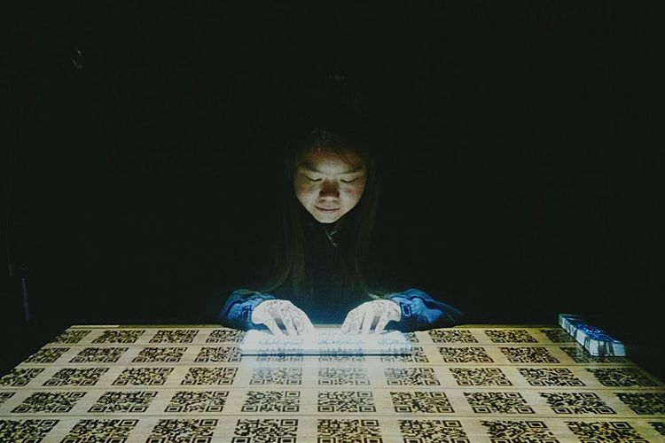 Internet Addiction Tecnology Life Conceptual Art Darkroom Underlights