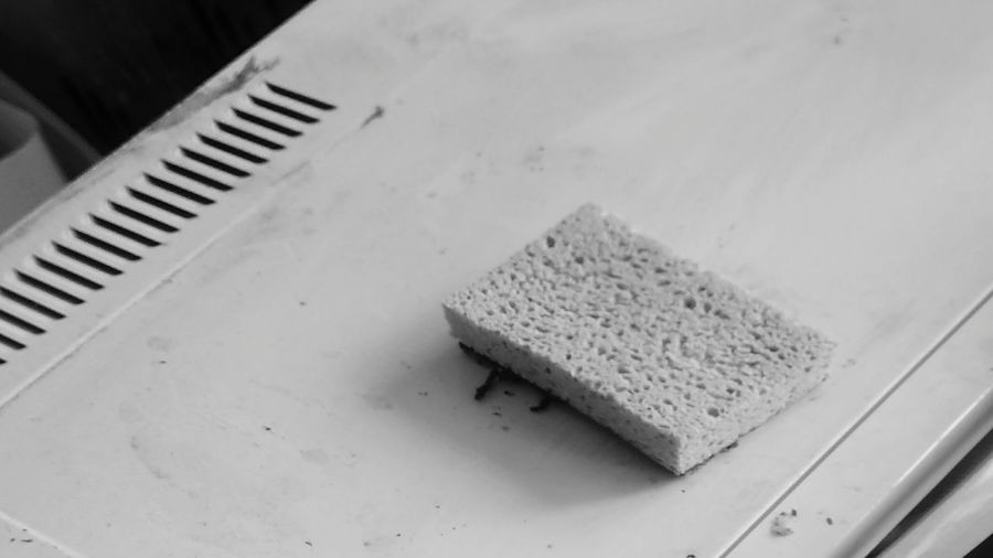 EyeEm Selects Indoors  No People Close-up Real SpongeBob Sponge Spongebob Black & White Poetry In Pictures Edges And Corners IKEA Dishes Used Check This Out