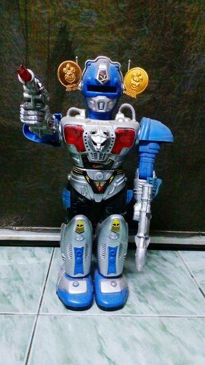 Toy Robot No