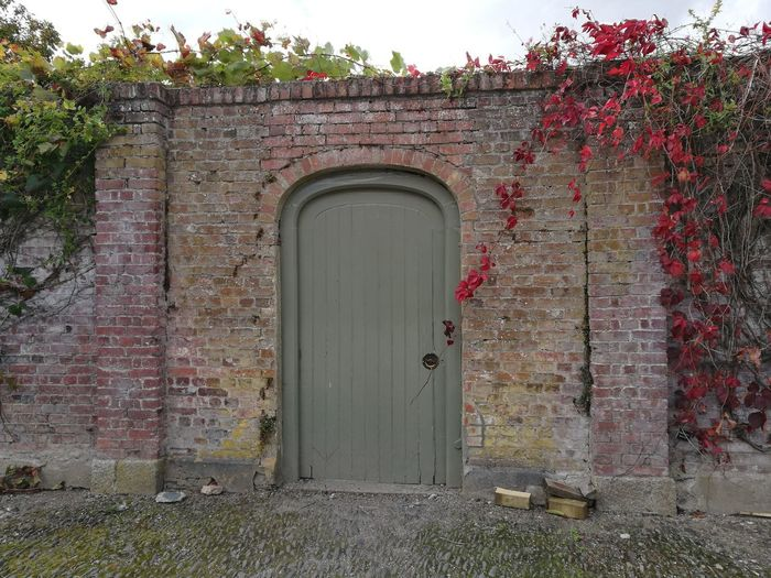 Architecture Built Structure Door Building Exterior Closed House Arch Entrance Old Wood - Material Entryway Façade Outdoors Day Red Ruined Obsolete Weathered History The Past