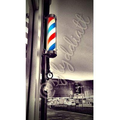 Barberpole Barbershop Plymouth Plymouthcitycentre Drakescircus Amaturephotography Photographer Photography Coloursplash Devon Daily_photoz Photoshoutout Redwhiteblue Photoeditor Photoedit