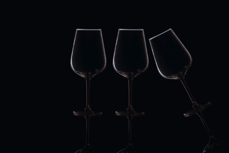 Glasses Food And Drink Glasses Light Minimalist Motivation Reflection No People Still Life Table Top