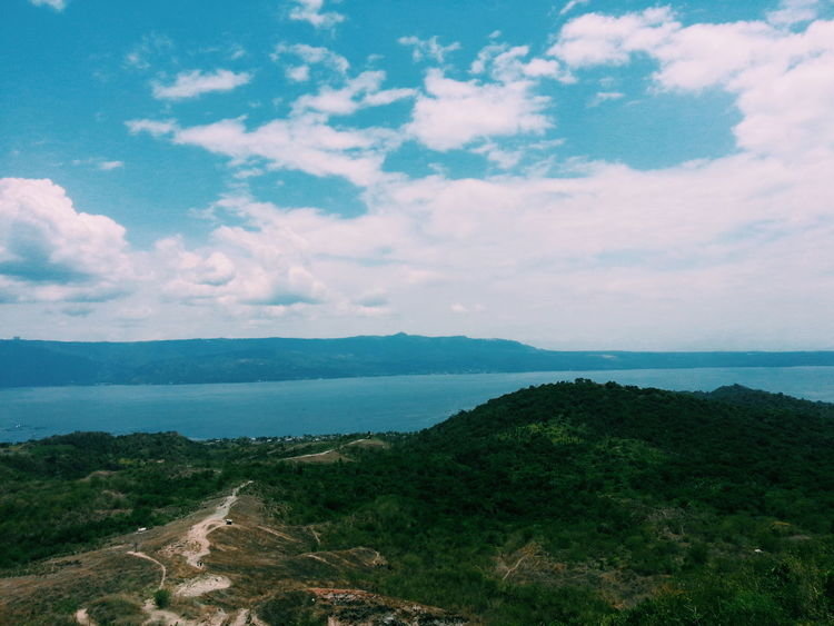 Check This Out Enjoying Life Bluesky Philippines Tagaytay Taal Taal Volcano Taal Lake Blue Horizon Sky Clouds Green