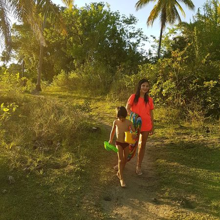 Bahia Hiking Child Childhood Girls Togetherness Boys Tree Bonding