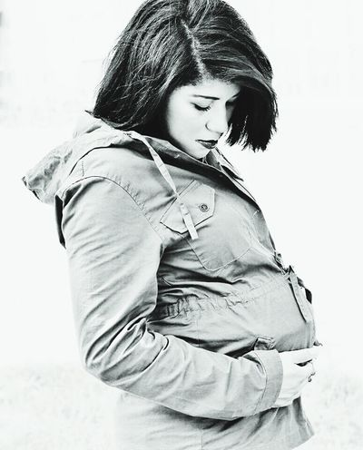 Young Adult Outdoors Jacket Becoming A Mommy Mother & Daughter Baby Pregnancy Black And White Young Mother Beautiful Nature Human Nature Jeymedia Black And White Friday