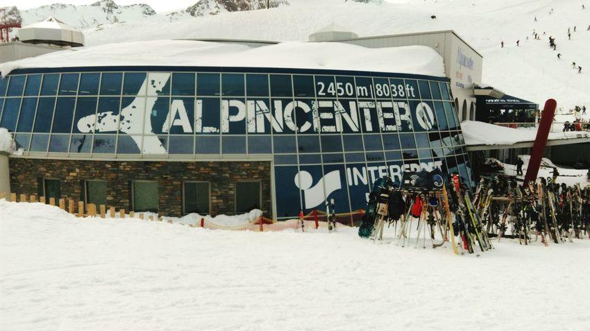 Glacier Cold Skiing