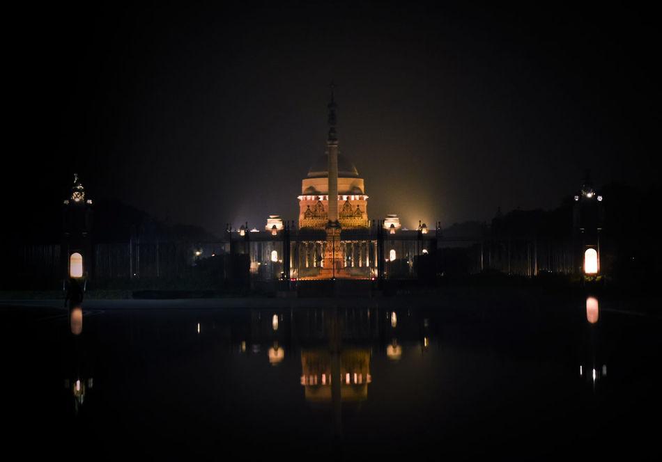 Night Reflection Travel Destinations Architecture Politics And Government History Dome Rashtrapati Bhawan Building Exterior Water Illuminated No People City Cityscape Sky Panaroma Rashtrapatibhawan Government Rashtrapati Bhavan, Central Secretariat. Rashtrapati Bhavan RashtrapatiNiwas New Delhi Diwali Diwali 2017 Delhi