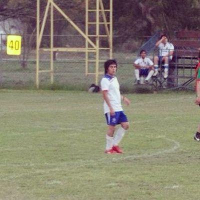 Quiero seguir jugando :( Me UANL Futbol Rayado play