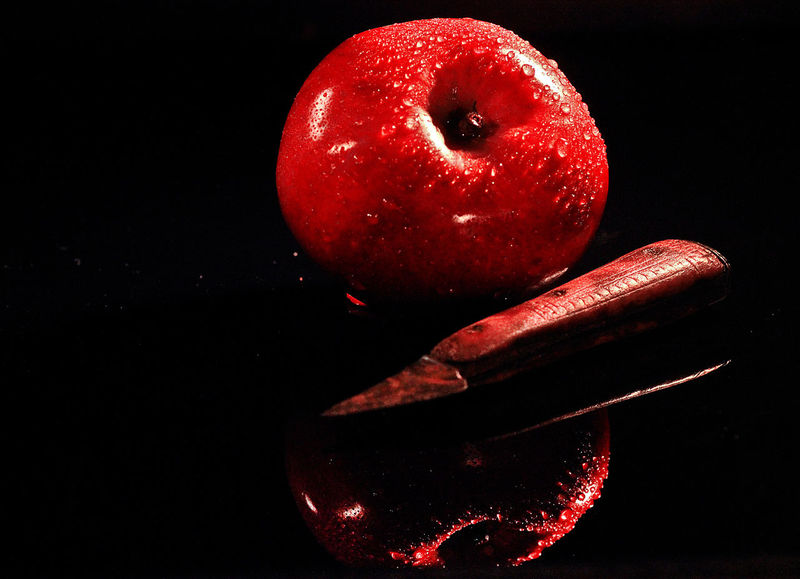 Food And Drink Red Black Background Freshness Still Life Fruit Studio Shot Close-up Apple - Fruit Apple Old Kniofe Knife Refelction