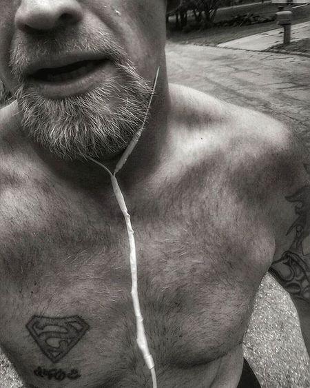 On the run and after 5.8 miles selfie. .....open mouth is a free extra lol Ks_pride Atchison Wow_america World_bnw Graveyard_dead Nikeplus Nikeplusrunning Thingsoneseesondailyrun 5kadaykeepsthecrazysaway Kansasrunner Fuckyeah