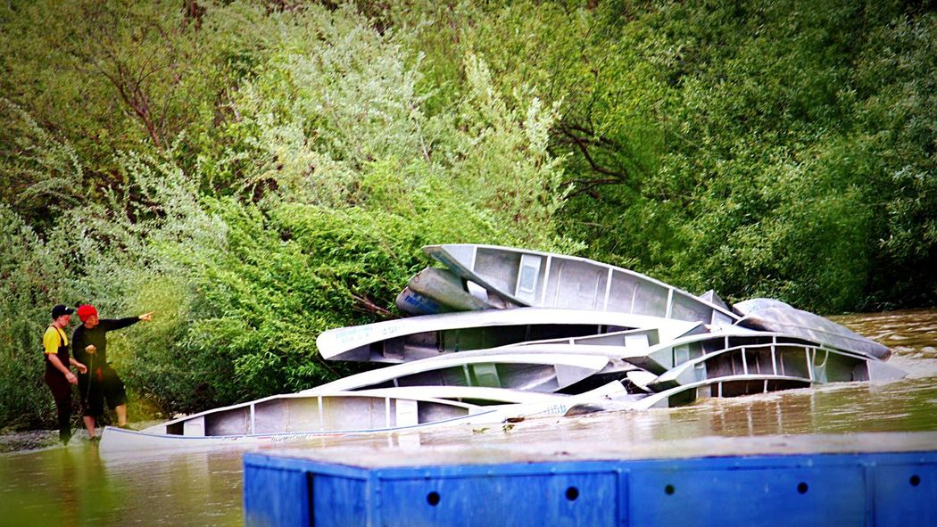 Washed away canoes Canoe Flooding Check This Out Russian River Sonoma County Healdsburg Sonomacounty River Riverside Photography Canoes Canoeing River Collection Ain't This A Mess Willows Problem Oops Oops! Stacked