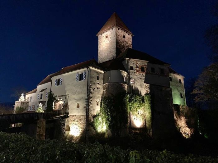 Tower Mideval Knight  Hotel Castle Winternight Architecture Built Structure Building Exterior History Night Building The Past Old Place Of Worship Clear Sky The Architect - 2019 EyeEm Awards The Mobile Photographer - 2019 EyeEm Awards