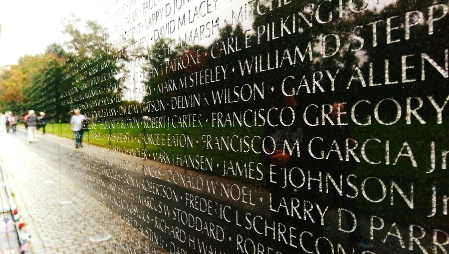 Vietnam Memorial Forgotten So Many Lives War Controlled Sadness Lesson Learned