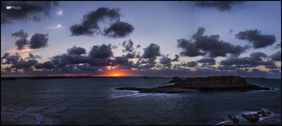 Sunset_collection Eye4photography  Sunset #sun #clouds #skylovers #sky #nature #beautifulinnature #naturalbeauty #photography #landscape EyeEm Best Shots - Sunsets + Sunrise