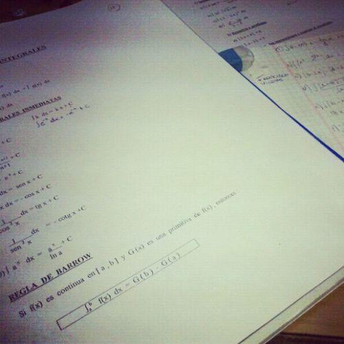 Empezamos con el trabajo de matemáticas Tarea
